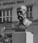 Původní busta T. G. Masaryka