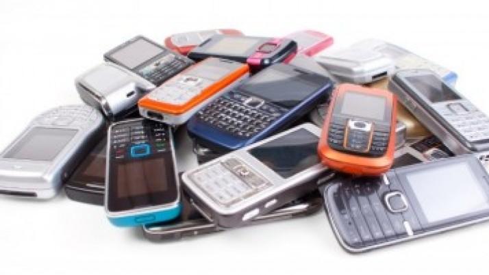 Startuje soutěž ve sběru mobilů