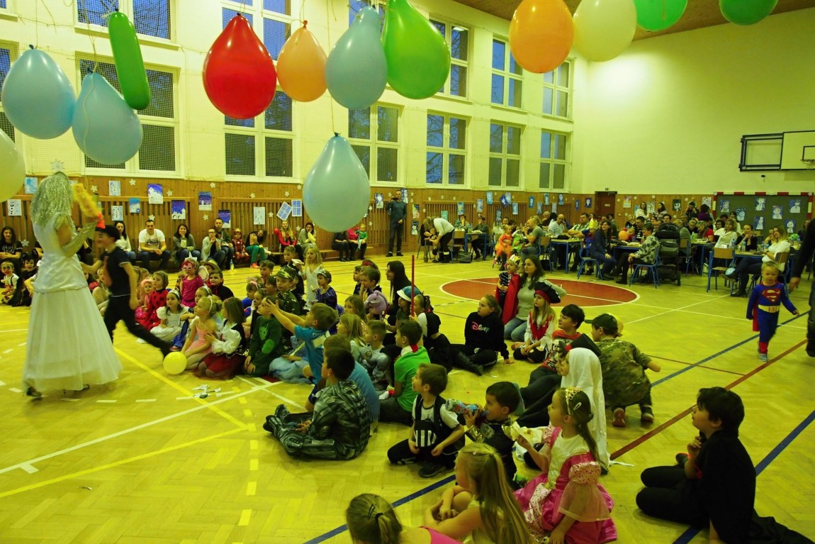 Dětský karneval s kouzelnicí Radanou je za námi